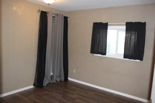 Photo 12: 5009 56 Street: Elk Point Manufactured Home for sale : MLS®# E4214771