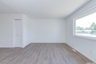 Photo 9: 818 Confederation Drive in Saskatoon: Massey Place Residential for sale : MLS®# SK861239