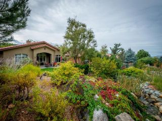 Photo 2: 733 ROSEWOOD Crescent in Kamloops: Sun Rivers House for sale : MLS®# 153606