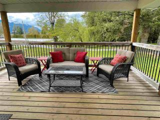 "Photo 13: 11154 MCSWEEN Road in Chilliwack: Fairfield Island House for sale in ""Fairfield Island"" : MLS®# R2572881"
