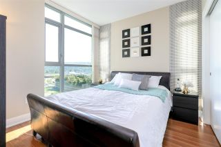 "Photo 12: 1008 3008 GLEN Drive in Coquitlam: North Coquitlam Condo for sale in ""M Two"" : MLS®# R2272155"