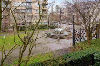 """Photo 15: 205 2175 SALAL Drive in Vancouver: Kitsilano Condo for sale in """"SOVANA"""" (Vancouver West)  : MLS®# R2552705"""