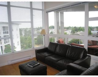 """Photo 5: 413 4600 WESTWATER Drive in Richmond: Steveston South Condo for sale in """"COPPER SKY EASY"""" : MLS®# V775539"""