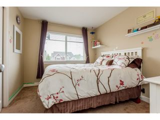"Photo 14: 37 7168 179 Street in Surrey: Cloverdale BC Townhouse for sale in ""OVATION"" (Cloverdale)  : MLS®# R2081705"