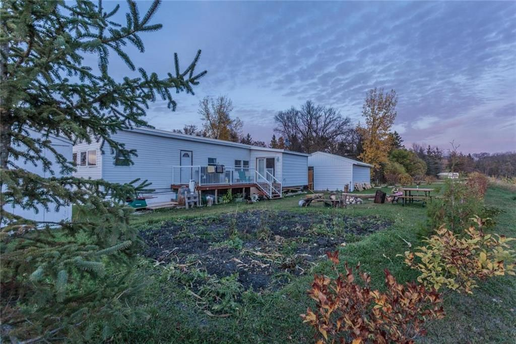 Main Photo: 10 10A Kenbro Park in Beausejour: St Ouen Residential for sale (R03)  : MLS®# 202122807