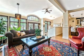 Photo 8: 527 Sunderland Avenue SW in Calgary: Scarboro Detached for sale : MLS®# A1061411