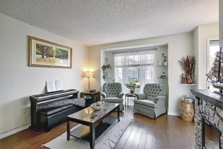 Photo 3: 31 COVENTRY Lane NE in Calgary: Coventry Hills Detached for sale : MLS®# A1116508