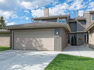 Photo 2: 51 1901 VARSITY ESTATES Drive NW in Calgary: Varsity House for sale : MLS®# C4121820