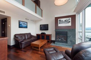 "Photo 3: 803 590 NICOLA Street in Vancouver: Coal Harbour Condo for sale in ""CASCINA"" (Vancouver West)  : MLS®# R2045601"