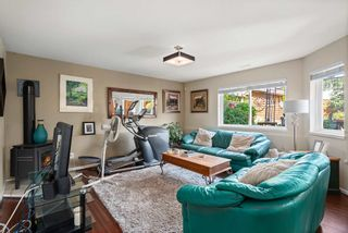 """Photo 37: 828 PARKER Street: White Rock House for sale in """"EAST BEACH"""" (South Surrey White Rock)  : MLS®# R2607727"""