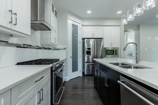 Photo 9: 10922 80 Avenue in Edmonton: Zone 15 House for sale : MLS®# E4248988