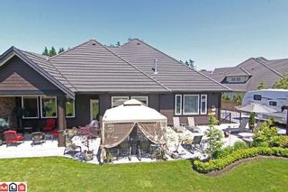 Photo 2: 3221 141A ST in Surrey: House for sale (Canada)  : MLS®# F1016793