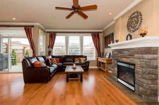 """Photo 4: 4719 DUNFELL Road in Richmond: Steveston South House for sale in """"THE DUNS"""" : MLS®# R2154381"""
