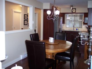 """Photo 11: 1 33136 MILL LAKE Road in Abbotsford: Central Abbotsford Townhouse for sale in """"Mill Lake Terrace"""" : MLS®# R2523361"""