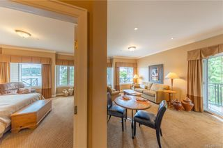Photo 24: 304 2326 Harbour Rd in Sidney: Si Sidney North-East Condo for sale : MLS®# 843956
