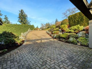 Photo 34: 925 Cobblestone Lane in : SE Broadmead House for sale (Saanich East)  : MLS®# 863624