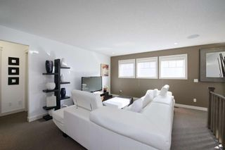 Photo 26: 131 SPRINGBLUFF Boulevard SW in Calgary: Springbank Hill Detached for sale : MLS®# A1066910