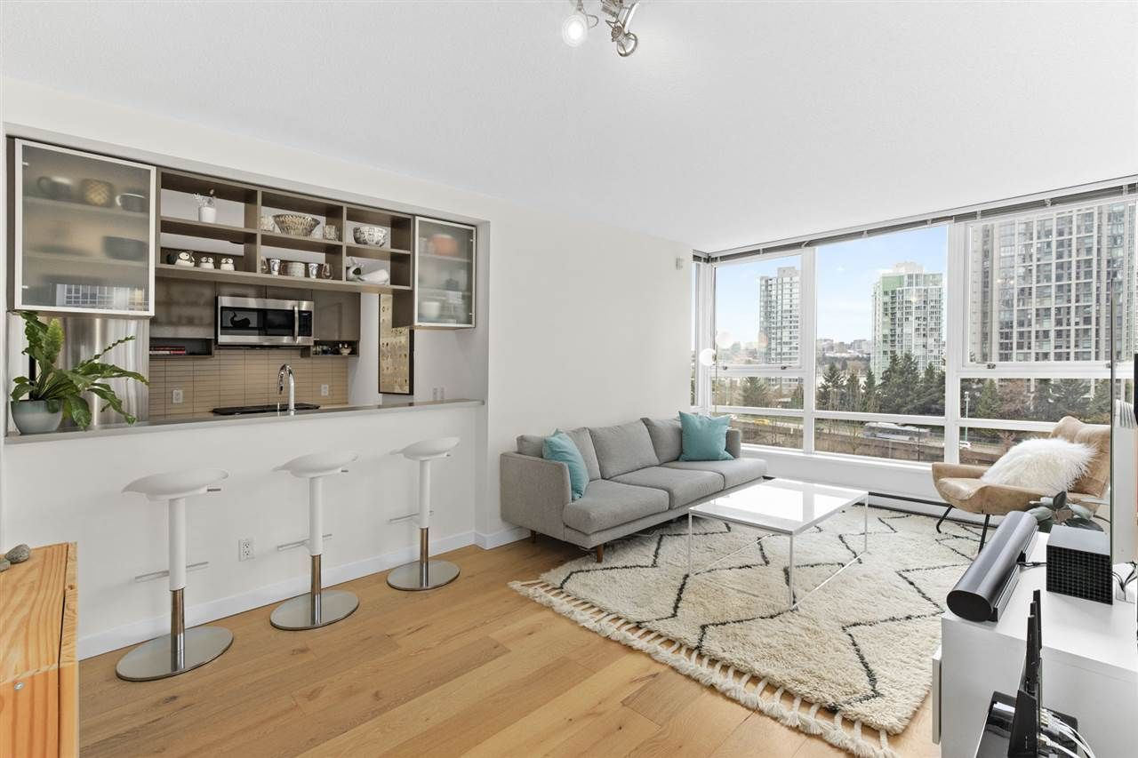 """Main Photo: 910 928 BEATTY Street in Vancouver: Yaletown Condo for sale in """"THE MAX"""" (Vancouver West)  : MLS®# R2541326"""