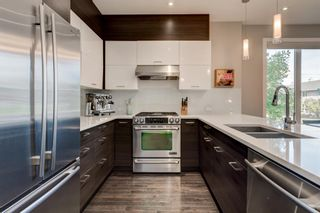 Photo 9: 3703 20 Street SW in Calgary: Altadore Row/Townhouse for sale : MLS®# A1060948