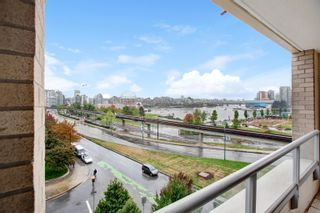 """Photo 10: 605 125 MILROSS Avenue in Vancouver: Downtown VE Condo for sale in """"Creekside"""" (Vancouver East)  : MLS®# R2618002"""