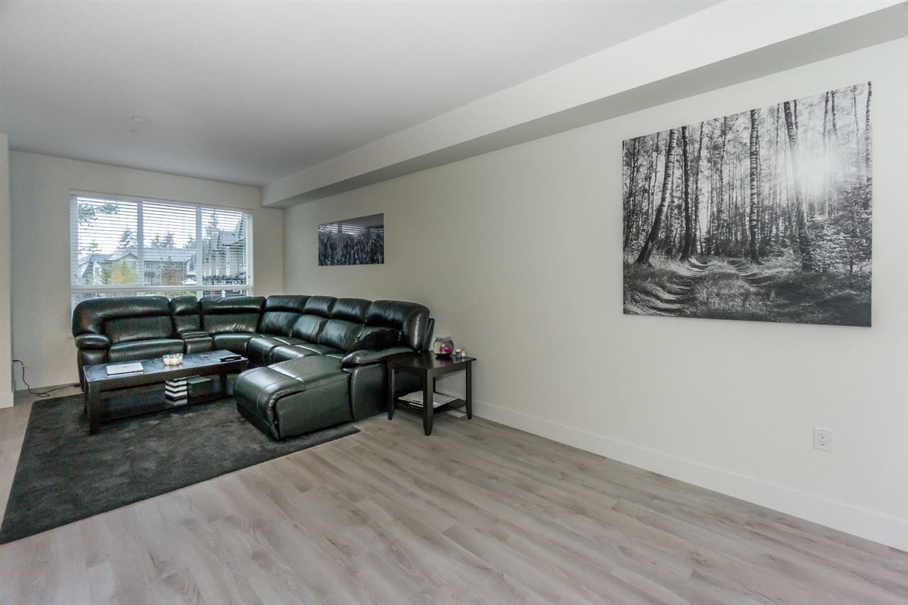 """Photo 10: Photos: 60 8570 204 Street in Langley: Willoughby Heights Townhouse for sale in """"WOODLAND PARK"""" : MLS®# R2225688"""