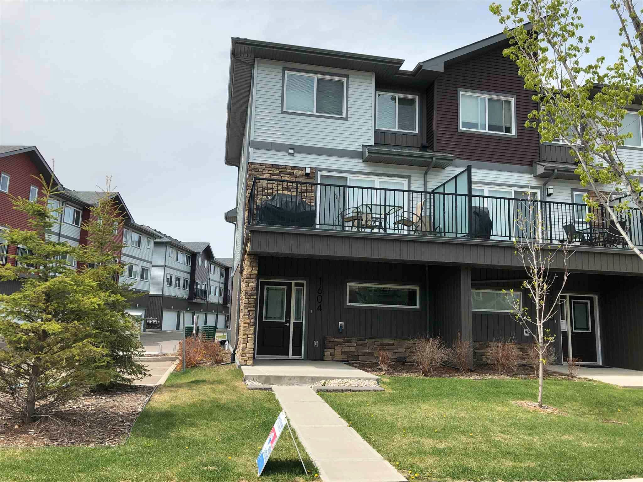 Main Photo: 1604 33A Street in Edmonton: Zone 30 Townhouse for sale : MLS®# E4245504