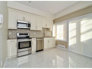 """Photo 4: 1814 E PENDER Street in Vancouver: Hastings Townhouse for sale in """"AZALEA HOMES"""" (Vancouver East)  : MLS®# V1051710"""