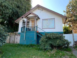 Photo 2: 451 ROUSSEAU Street in New Westminster: Sapperton House for sale : MLS®# R2564709