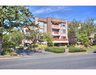 "Photo 1: 306 7511 MINORU Boulevard in Richmond: Brighouse South Condo for sale in ""CYPRESS POINT"" : MLS®# V725088"