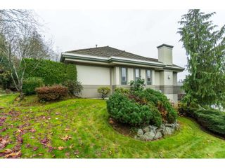 """Photo 19: 87 4001 OLD CLAYBURN Road in Abbotsford: Abbotsford East Townhouse for sale in """"Cedar Springs"""" : MLS®# R2419759"""