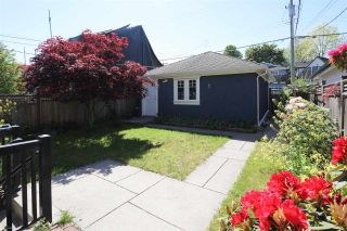 Photo 17: 156 E 19TH Avenue in Vancouver: Main House for sale (Vancouver East)  : MLS®# R2369823