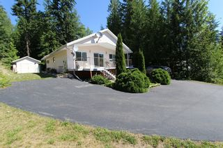 Photo 1: 5147 Tallington Road in Celista: North Shuswap House for sale (Shuswap)  : MLS®# 10102967