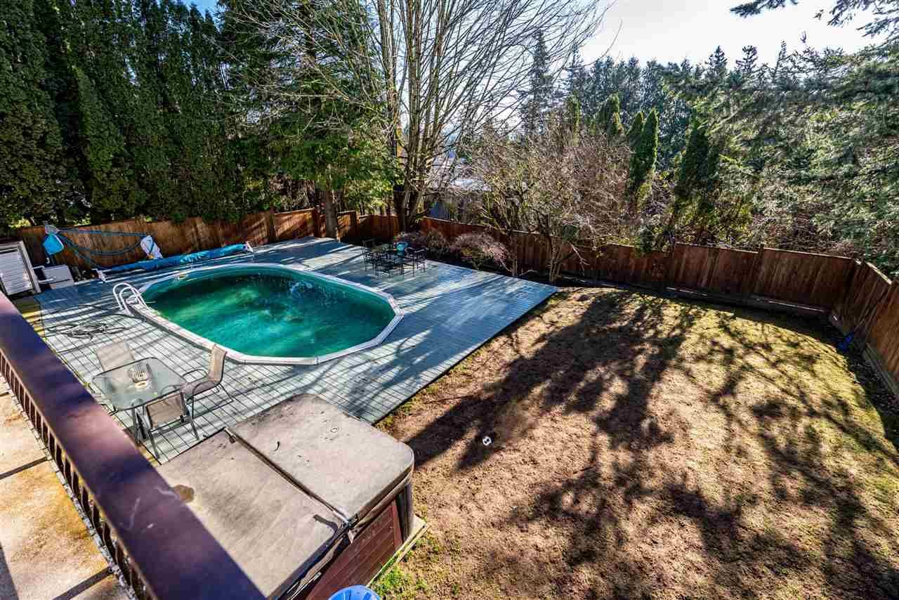 Photo 37: Photos: 2584 SUNNYSIDE Crescent in Abbotsford: Abbotsford West House for sale : MLS®# R2551772