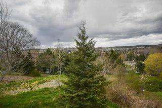 Photo 3: 1029 Sackville Drive in Lower Sackville: 25-Sackville Residential for sale (Halifax-Dartmouth)  : MLS®# 202111547