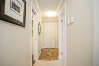 """Photo 15: 214 843 22ND Street in West Vancouver: Dundarave Condo for sale in """"TUDOR GARDENS"""" : MLS®# R2528064"""