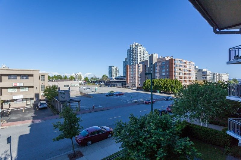 """Photo 13: Photos: 306 1551 FOSTER Street: White Rock Condo for sale in """"Sussex House"""" (South Surrey White Rock)  : MLS®# R2170329"""