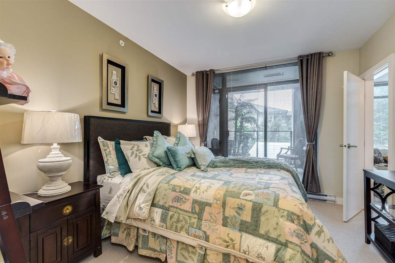 """Photo 18: Photos: 204 301 CAPILANO Road in Port Moody: Port Moody Centre Condo for sale in """"The Residences"""" : MLS®# R2474301"""