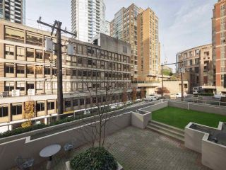 """Photo 19: 506 867 HAMILTON Street in Vancouver: Downtown VW Condo for sale in """"JARDINE'S LOOKOUT"""" (Vancouver West)  : MLS®# R2324358"""