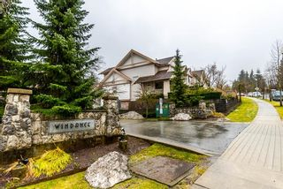 Photo 1: 59 2351 PARKWAY Boulevard in Coquitlam: Westwood Plateau Townhouse for sale : MLS®# R2143123