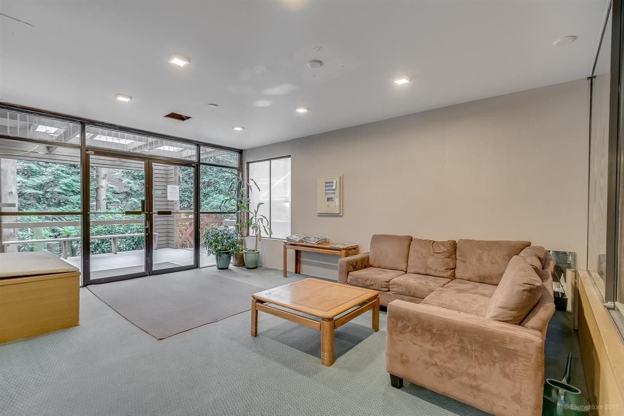 """Photo 5: Photos: 105 1435 NELSON Street in Vancouver: West End VW Condo for sale in """"WESTPORT"""" (Vancouver West)  : MLS®# R2193333"""