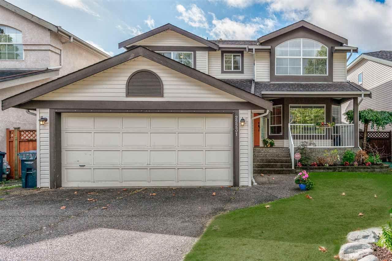 "Photo 1: Photos: 22231 CHALDECOTT Drive in Richmond: Hamilton RI House for sale in ""HMILTON"" : MLS®# R2217465"