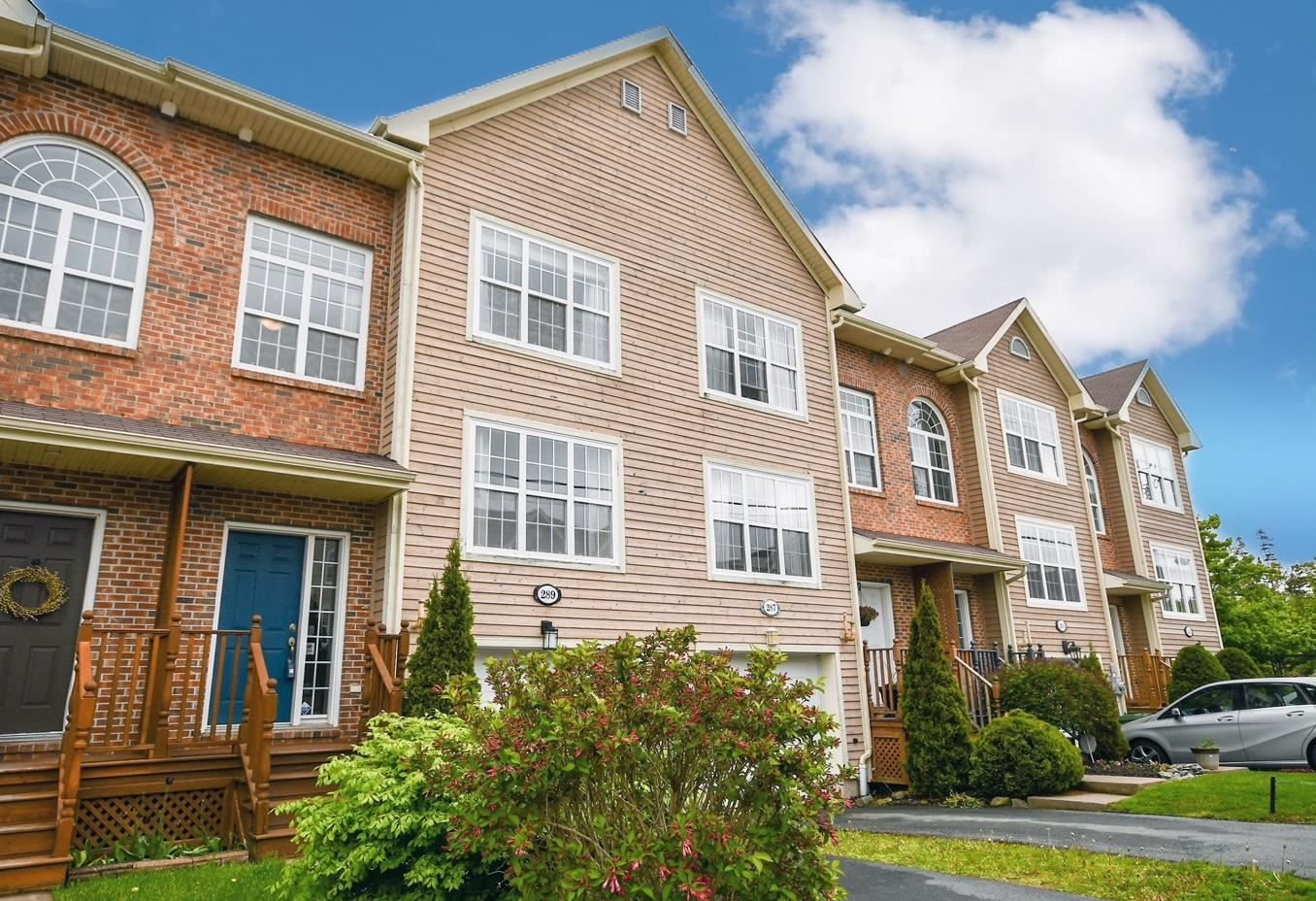 Main Photo: 289 Rutledge Street in Bedford: 20-Bedford Residential for sale (Halifax-Dartmouth)  : MLS®# 202116673