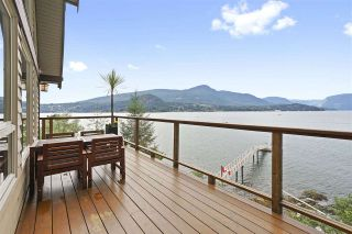 """Photo 3: 594 WALKABOUT Road: Keats Island House for sale in """"Melody Point"""" (Sunshine Coast)  : MLS®# R2387729"""