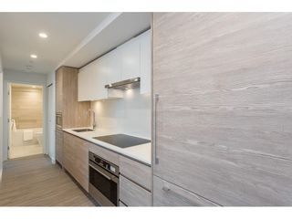 """Photo 7: 2806 13655 FRASER Highway in Surrey: Whalley Condo for sale in """"King George Hub 2"""" (North Surrey)  : MLS®# R2609676"""