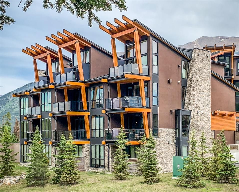 Main Photo: 103 101G Stewart Creek Rise: Canmore Row/Townhouse for sale : MLS®# A1122125