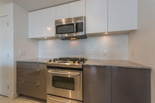 """Photo 6: 305 4808 HAZEL Street in Burnaby: Forest Glen BS Condo for sale in """"CENTREPOINT"""" (Burnaby South)  : MLS®# R2127405"""