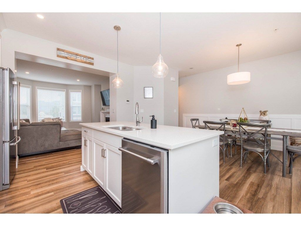 """Photo 24: Photos: 5488 DRIFTWOOD Street in Chilliwack: Vedder S Watson-Promontory Condo for sale in """"WEBSTER CROSSING"""" (Sardis)  : MLS®# R2527096"""