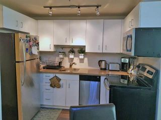 """Photo 5: 2408 555 JERVIS Street in Vancouver: Coal Harbour Condo for sale in """"HARBOURSIDE PARK"""" (Vancouver West)  : MLS®# R2576677"""