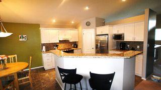 Photo 11: 947 John Bruce Road East in Winnipeg: St Vital Residential for sale (South East Winnipeg)  : MLS®# 1109667