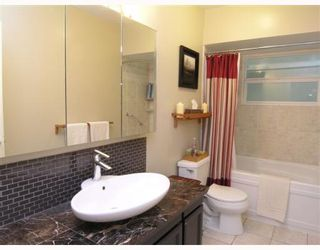 Photo 6: 574 W ST JAMES Road in North_Vancouver: Delbrook House for sale (North Vancouver)  : MLS®# V753119